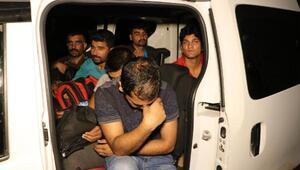 Tekirdağda 3 araçta 64 kaçak yakalandı