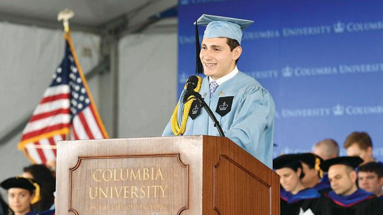 Columbia'dan en prestijli ödülleri aldı